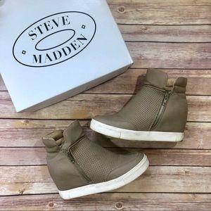 Steve Madden | LINQSP Sneakers